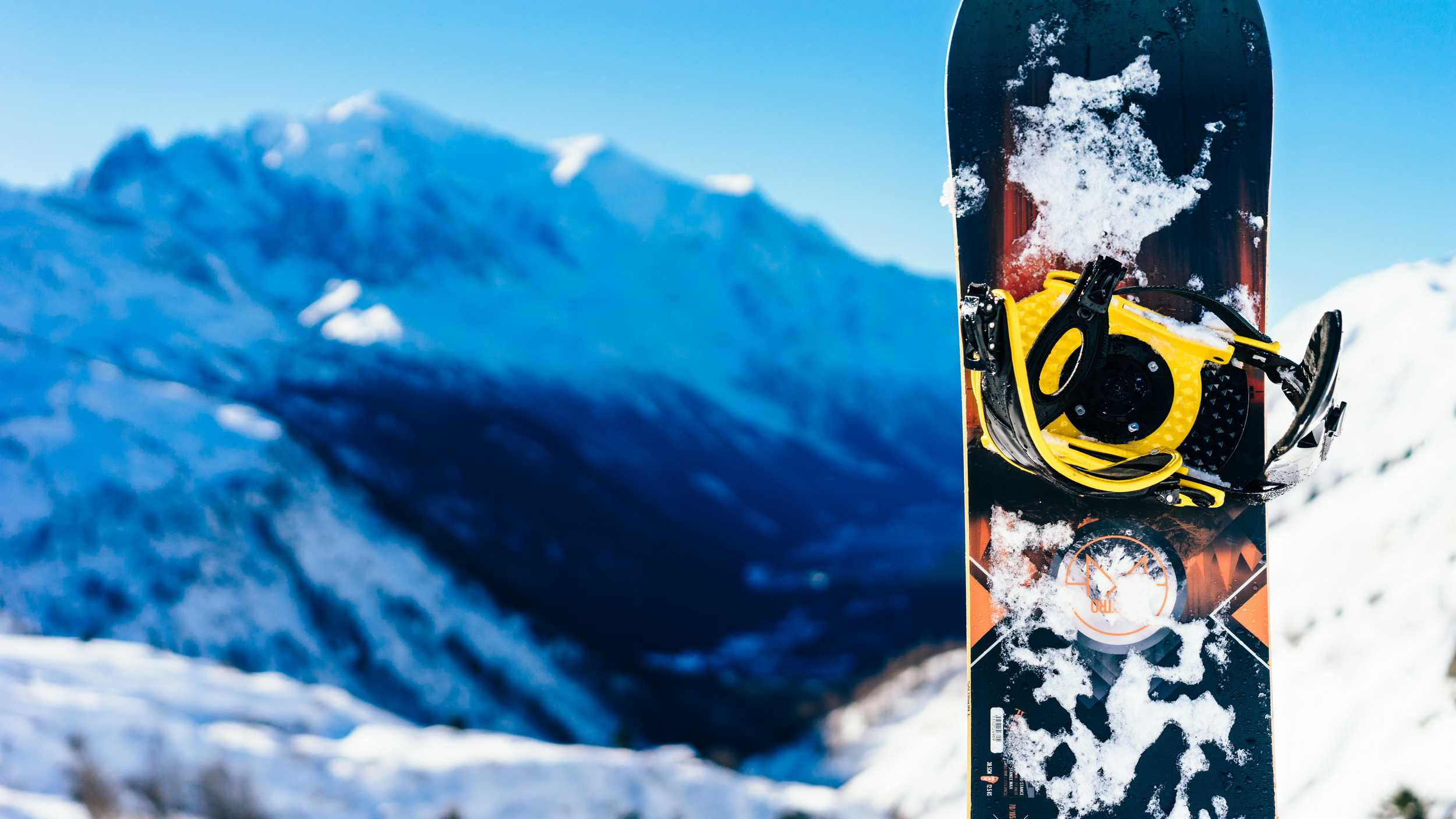 The Best Women's Snowboard 2018-2019 (Top 4 Great Choices