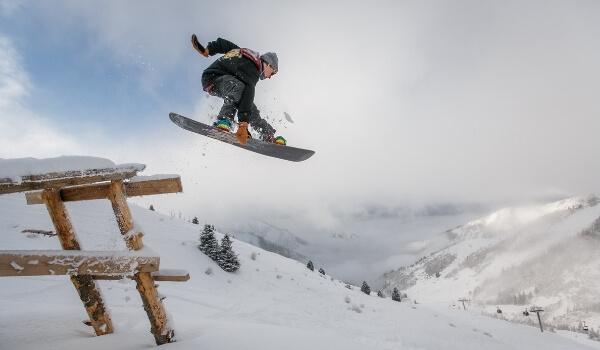 Freestyle vs Freeride Snowboarding 1