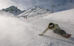 How to Carve on a Snowboard?