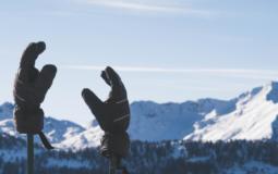 10 Best Snowboard Gloves for 2021-2022