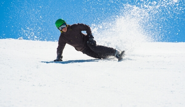 carving snowboarding 3