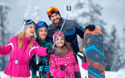 How to Plan a Family Skiing or Snowboarding Vacation