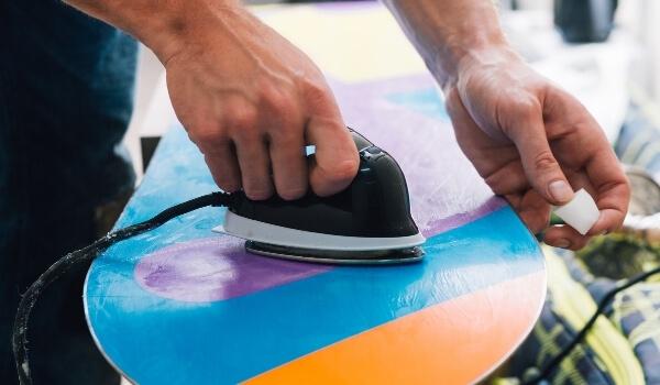 wax snowboard 3